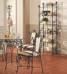 Кованая мебель не только украшение дома